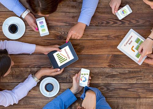 social media manager milano grafica 3b